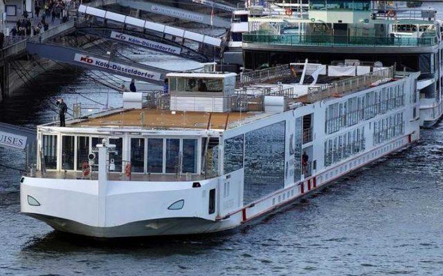 Karácsony kitessékelné a turistahajók kikötőit a belvárosból