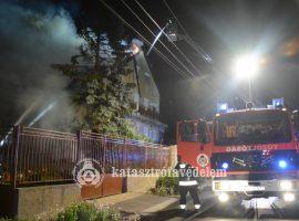 250 négyzetméter égett Budafokon