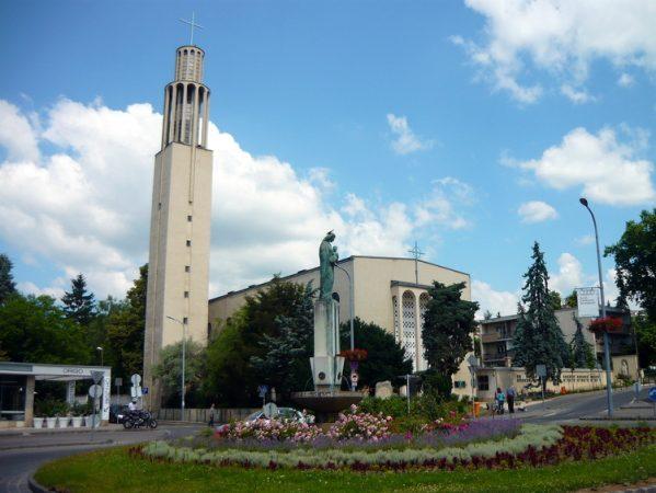 Felújítják a pasaréti ferences templomot