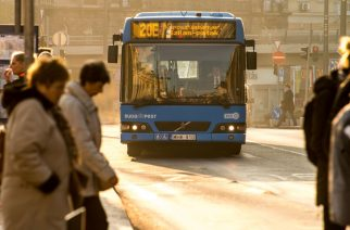 Októbertől első ajtós a 20E autóbusz