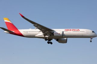 A Iberia Airbus A350 lands at London Heathrow Airport, England on Monday 14th September 2020.  (Photo by Robert Smith/MI News/NurPhoto) (Photo by MI News / NurPhoto / NurPhoto via AFP)