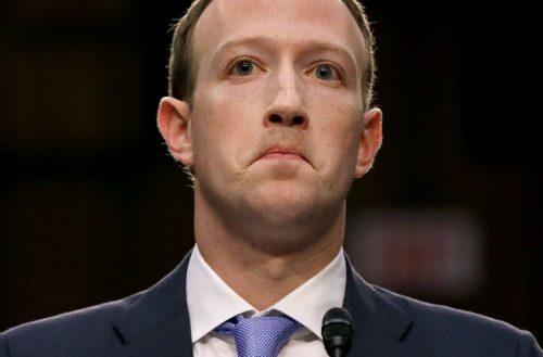 """Mark Zuckerberg bocsánatot kért a """"fennakadásért"""""""
