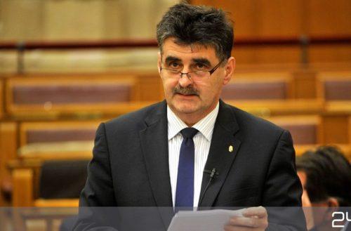 Pogácsás Tibor: az önkormányzatok a rendszerváltás szimbolikus egységei